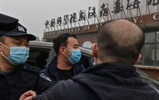 """Rộ tin TQ """"thủ tiêu bằng chứng"""" rò rỉ Covid giữa đêm, Bắc Kinh """"nhắc nhẹ"""" vụ bẽ mặt kinh điển của Mỹ"""