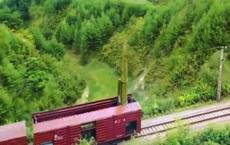 Khoảnh khắc tên lửa đạn đạo Triều Tiên lần đầu rời bệ phóng trên tàu hỏa