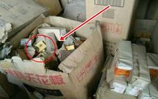 Dọn nhà kho thấy nhiều thùng thuốc lá cũ, người đàn ông chưa kịp vứt đi đã được trả cả đống tiền