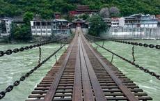 Cầu sắt 40 tấn được xây dựng vào thời Khang Hi: Trí thông minh người xưa không thể xem thường