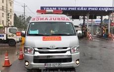 Lập biên bản tài xế xe cứu thương gắn bảng 'Giang Kim Cúc và các cộng sự'