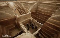 """""""Mê cung mộ"""" chôn cất bộ hài cốt nguyên vẹn suốt 1700 năm, chuyên gia ngỡ ngàng: Người này là con nuôi Tào Tháo!"""
