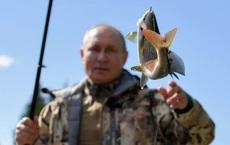 24h qua ảnh: Tổng thống Putin đi câu cá khi tới thăm Siberia