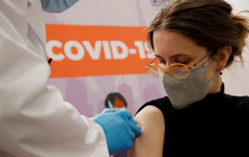 Kết quả tích cực sau khi tiêm kết hợp vaccine AstraZeneca và vaccine Sputnik Light