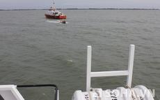 Vụ chìm tàu 9 người mất tích: Tìm thấy thi thể nạn nhân đầu tiên