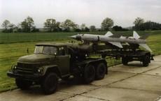 Đánh B-52: Lắp thẳng đạn tên lửa lên xe TZM