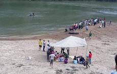 Đi tìm 3 nam sinh mất tích, gia đình chết lặng khi thấy 3 bộ quần áo ở bờ sông