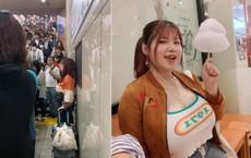 """Bỏ Việt Nam """"trốn"""" sang tận Nhật Bản, cô gái vòng một khủng hơn 1 mét vẫn không thoát khỏi sự săm soi và bị người khác làm điều này tại ga tàu điện ngầm"""