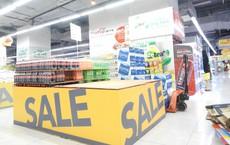 """Người Hà Nội """"khát"""" nước sạch, loạt siêu thị cam kết bán không lợi nhuận"""