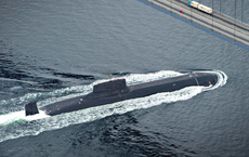 """CẬP NHẬT: Tàu ngầm quân sự Nga bất ngờ áp sát bờ biển Israel, máy bay chiến đấu giội """"bão lửa"""" diệt khủng bố Syria"""
