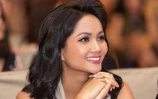 Sau gần 2 năm đăng quang, Hoa hậu H'Hen Niê vẫn sống giản dị, chưa có tiền mua nhà riêng
