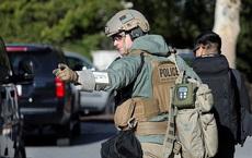 """""""Choáng"""" với ngày khám sức khỏe của ông Trump: Đặc nhiệm vây kín bệnh viện, vũ khí trang bị tận răng"""