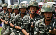 """Báo Hồng Kông: Lãnh đạo TQ về Thâm Quyến """"mật đàm"""" với 6 ủy viên Bộ chính trị, Quảng Châu tập trận lớn chống khủng bố"""