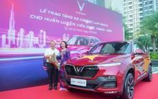 Đưa tuyển Việt Nam qua vòng bảng WC với thành tích bất bại, ông Park Hang-seo được tặng xe VinFast