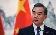 Ngoại trưởng Trung Quốc bất ngờ trách móc Mỹ sau khi đàm phán thương mại vừa có tin mừng