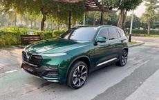Vinfast Lux SA2.0 đổi màu xanh ngọc lục bảo độc nhất Việt Nam khiến dân xe mê mẩn