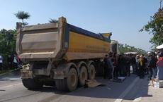 Hà Nội: Nữ cán bộ quân y bị xe tải cán tử vong