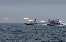 CẬP NHẬT: Iran tung video bắt giữ tàu chở dầu ở Eo biển Hormuz - Tàu chiến Hải quân Anh can thiệp bất thành