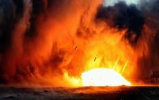 NÓNG: Israel tấn công tên lửa một loạt căn cứ chiến lược của Quân đội Syria
