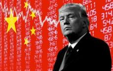 """The Hill: """"Thi gan"""" với Trung Quốc, ông Trump vẫn nắm chắc chiến thắng dù Mỹ vừa """"chớp mắt"""" trước"""