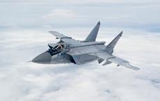 """MiG-31BM của Hạm đội TBD Nga """"tung hoành"""" trên tầng bình lưu: Thông điệp gửi tới Mỹ-Nhật?"""