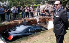 Vị tỷ phú tuyên bố chôn siêu xe đắt đỏ để đi ở thế giới bên kia, thông điệp vào phút chót khiến tất cả giật mình