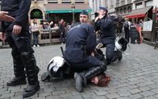 Tiếp tục bị hỏi khó về chuyện biểu tình ở Nga, TT Putin bình thản đáp: So với châu Âu vẫn còn kém xa