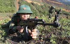 """Mẫu súng AK-47 """"hiếm có"""" của VN: Khác biệt lớn với thiết kế gốc """"huyền thoại"""" từ Liên Xô"""