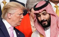 """Vì những hợp đồng vũ khí """"kếch xù"""", ông Trump sẵn sàng trao quyền tối cao cho đồng minh quan trọng?"""