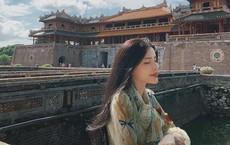 Cô gái khỏa thân trên nóc nhà ở Hội An đăng ảnh kín đáo để xin lỗi: 'Mong các bạn bỏ qua cho sự dại khờ'