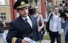Phản ứng bất ngờ của cơ trưởng Nga được trao danh hiệu Anh hùng