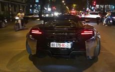 Đại gia Dương 'Kon' chở con đi dạo phố Hà Nội bằng siêu xe McLaren 650S Spider Liberty Walk độc nhất Việt Nam