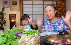 Nữ Youtuber người Việt ở Nhật khiến dân tình chú ý vì clip... chén cả nồi lẩu Thái khổng lồ trong siêu bão Hagibis: Trời đánh tránh bữa ăn chính là đây!