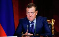 """Vài giờ trước khi từ chức, ông Medvedev duyệt phân bổ 127 tỉ rúp để chế tạo 1 thứ """"lớn nhất thế giới"""""""