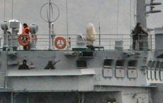 """NÓNG: Lộ chuyến hàng """"nóng"""" đầu tiên trong năm 2020 từ Nga tới Syria, lính bảo vệ dàn khắp"""
