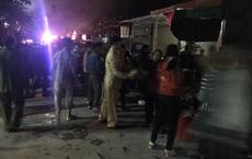 Gia chủ thắp hương Tết bất cẩn gây cháy nhà tầng, cảnh sát lao vào cứu cụ bà 80 tuổi
