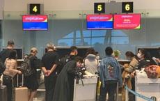 Hình ảnh đoàn khách Trung Quốc đến từ Vũ Hán làm thủ tục rời Đà Nẵng