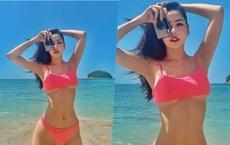 """Chi Pu tiếp tục """"đốt mắt"""" người nhìn bằng bức ảnh bikini nóng bỏng"""