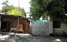 Nhà nguyên Trưởng Ban Tuyên giáo Thủ Dầu Một bị khóa cổng, cả gia đình phải đi thuê trọ?