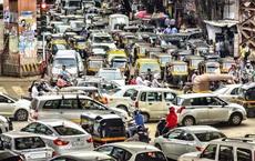 Giải pháp hạn chế bấm còi xe ở Ấn Độ: Bấm còi càng to càng phải chờ đèn đỏ lâu hơn