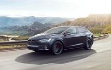 Xe Tesla dễ dàng bị lừa tăng tốc vượt quá giới hạn chỉ bằng thứ vô cùng đơn giản này