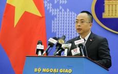 Bộ Ngoại giao trả lời về thời điểm nối lại tuyến đường hàng không với Trung Quốc
