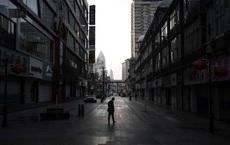Vũ Hán một tháng phong thành: Người tưởng chuyện đùa, người 10 lần rơi nước mắt
