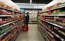 Cảnh khác lạ phía trong các khu mua sắm, ăn uống Hàn Quốc ở Hà Nội mùa dịch Covid-19
