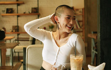 Trang Cherry cạo trọc đầu, từ bỏ đóng phim vì tai nạn: Tôi không muốn là gánh nặng của mọi người!