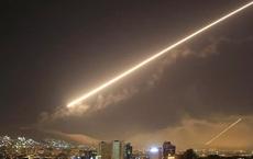 NÓNG: Israel tấn công Syria, QĐ của TT Assad gồng mình chống trả ở cả hai miền Nam - Bắc