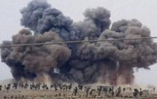 CLIP: Lính Thổ hoảng hốt núp trong hầm trú ẩn khi Nga không kích, phá hủy hàng chục xe bọc thép