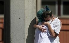 Bloomberg: Bệnh viện quá tải vì Covid-19, bác sĩ Tây Ban Nha buộc phải chọn cho bệnh nhân nào chết