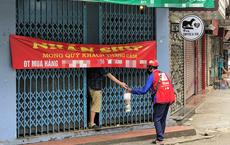 Sau lệnh dừng hoạt động, hàng quán ở Hà Nội bất ngờ thay đổi hình thức bán hàng