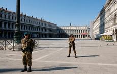 """COVID-19: Đạt thắng lợi đầu tiên, Italy thận trọng lập chiến lược """"sống chung với virus"""" sau đỉnh dịch"""